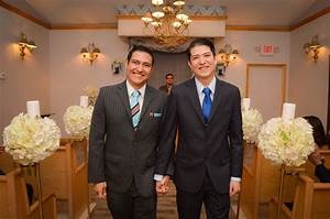 Gay weddings las vegas mon bel ami wedding chapel for Gay wedding las vegas