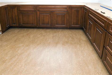 linoleum flooring bc linoleum sheet flooring gojiberry cayi com