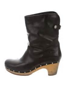 womens ugg australia lynnea boots ugg australia lynnea ankle boots shoes wuugg20924 the realreal