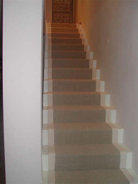 passage d escalier moquette tapis sur mesure decor plastic