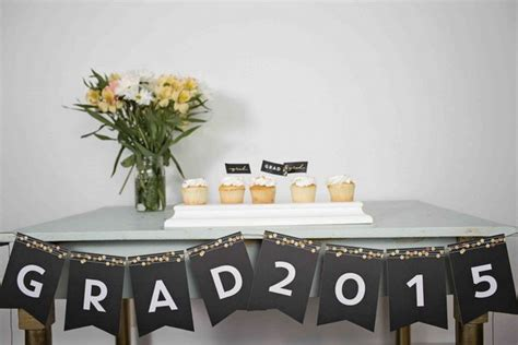 25 Diy Graduation Party Decoration Ideas  Hative. Pictures For Decorating A Living Room. Finance Living Room Set. Hand Painted Dining Room Furniture. Stripping Dining Room Table. Classic Dining Room Sets. Live Indian Chat Room. Pictures Of Blue Dining Rooms. Country Style Living Room Ideas
