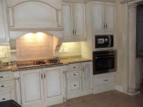 shabby chic kitchen furniture 20 inspiring shabby chic kitchen design ideas