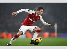 Manchester United urged to sign Arsenal playmaker Mesut