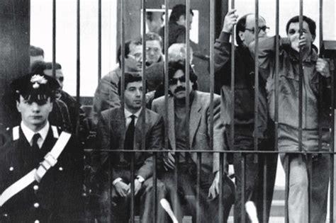la cupola mafiosa 1987 maxi processo ergastolo alla mafia