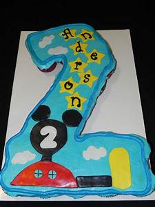 Mickey Mouse Cupcake Cakes www pixshark com - Images