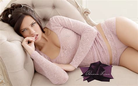Adriana Lima Hd Wallpaper Adriana Lima Brazilian Model