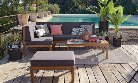salon de jardin et terrasse au bord de la piscine 5 id 233 es pour am 233 nager ext 233 rieur