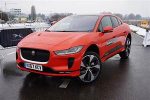Jaguar I Pace : jaguar i pace first drive 5 things i learned after 3 minutes behind the wheel news ~ Medecine-chirurgie-esthetiques.com Avis de Voitures