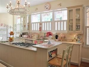 cocina disenada con el encanto de una pasteleria retro With kitchen colors with white cabinets with cute stickers for photos