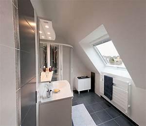 impressionnant petite salle de bain sous pente de toit 3 With petite salle de bain sous pente
