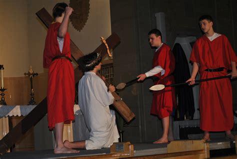 holy catholic school living cross beech grove