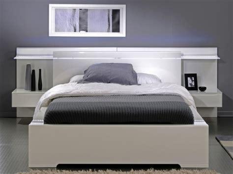 Tête de lit lumineuse pour un éclairage doux et poétique