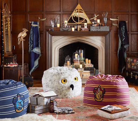 Pottery Barn Harry Potter Harry Potter Pottery Barn Collection Gets Kids Hogwarts