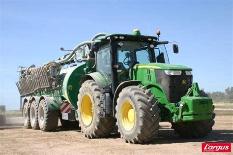 john deere presente ses nouveaux tracteurs de la serie