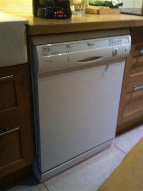 pose d un lave vaisselle encastrable le lave vaisselle et la domotique