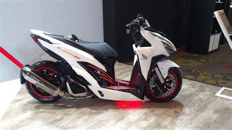 Modif Vario 150 Putih by Modifikasi Futuristik Honda Vario 150 Kaki Kaki Pakai Air