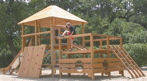 jeux en bois extérieur structure de jeux en bois id 233 es d 233 coration id 233 es d 233 coration
