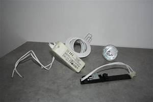 Spot Encastrable Salle De Bain 12v : attrayant spot salle de bain encastrable 4 faire le ~ Edinachiropracticcenter.com Idées de Décoration