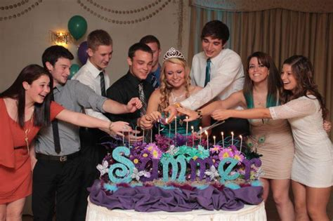 37 Sweet 16 Birthday Party Ideas Table Decorating