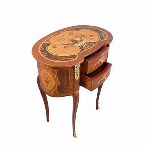 Meuble Style Louis Xv : chevet louis xv meuble de style louis xv ~ Dallasstarsshop.com Idées de Décoration