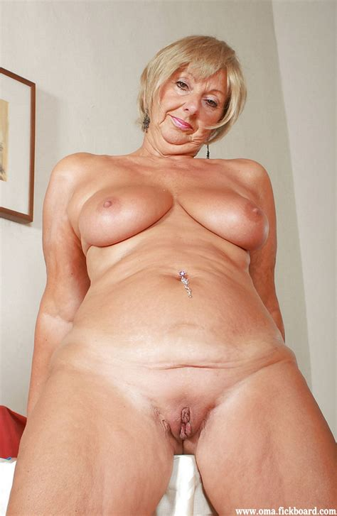 granny nude image 84047