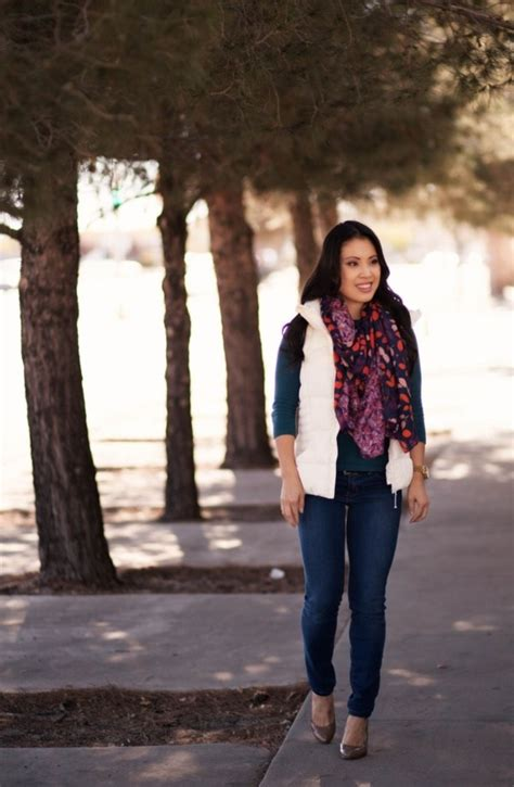 34 Cute And Cozy Puffy Vest Outfit Ideas For This Fall
