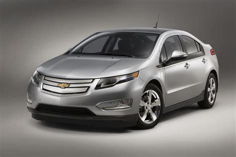 2015 Chevrolet Volt Bigger Battery, But 38mile Electric