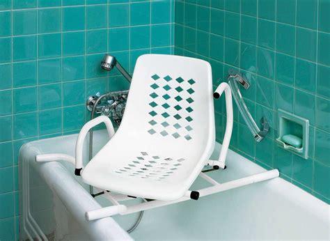 siege de pour handicapé siège de bain pivotant siège de baignoire pivotant