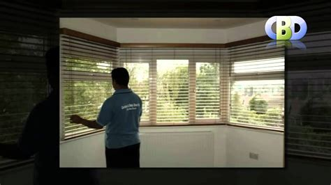 curtain rod for bay window baywindow wooden venetian blinds at leadinginteriors