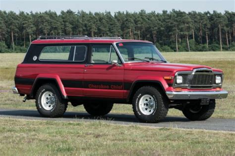 chief jeep consignatie oldtimer of youngtimerjeep cherokee chief