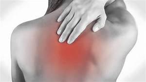 Боли в суставах грудной клетки