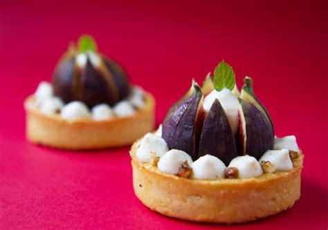 comment cuisiner les figues fraiches recette tarte figue vanille lille en bouche actu food
