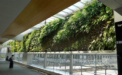 Largest Vertical Garden by The Best And Vertical Gardens In The World Udesign