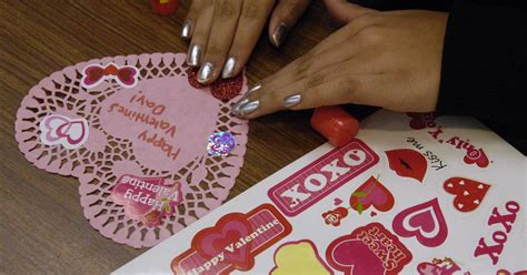 glendale heights collecting valentines  veterans