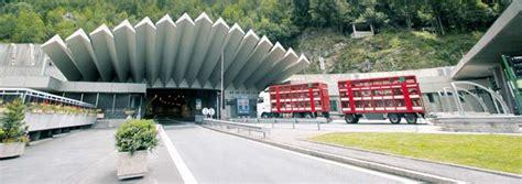 trafic tunnel du mont blanc et 233 2016 une fr 233 quentation satisfaisante pour atmb 123 savoie