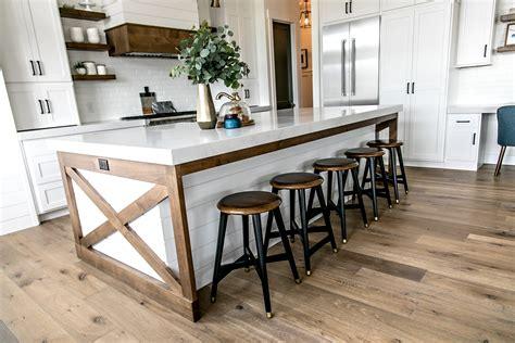 smi modern farmhouse kitchen  dining nook sita
