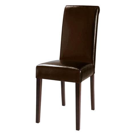 chaise en chaise en polyuréthane et châtaignier marron boston