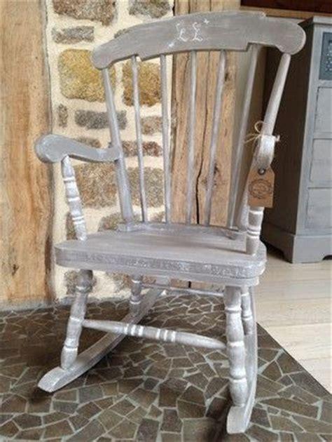 restaurer une chaise ancienne restaurer une vieille chaise 224 bascule patines custom meubles objets