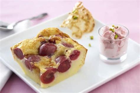 recette de cuisine été recette de clafoutis aux cerises espuma à la framboise et tuile à la pistache facile et rapide