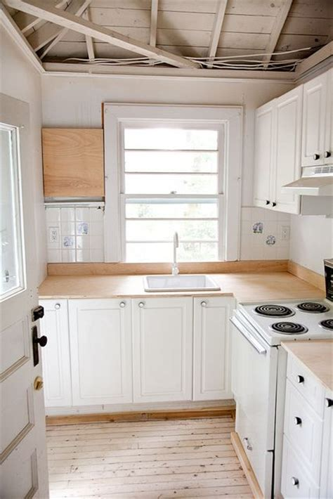raising kitchen cabinets 1000 ideas about birch cabinets on arch 1716