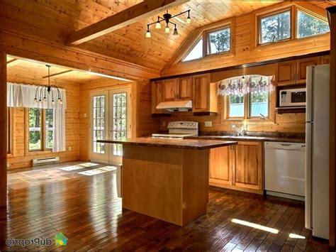 armoire de cuisine en pin a vendre armoire de cuisine en bois usage a vendre maison moderne