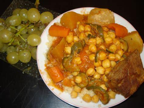 cuisine couscous traditionnel couscous traditionnel mettre dans une marmitte cuisine algerienne bordjienne