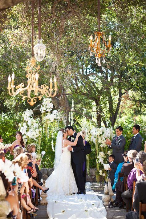 glamorous purple rustic wedding   detail