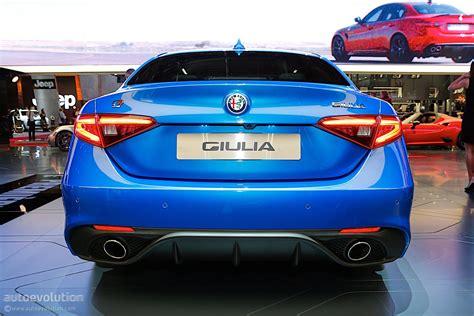 alfa romeo giulia veloce bows  paris  stunning blue