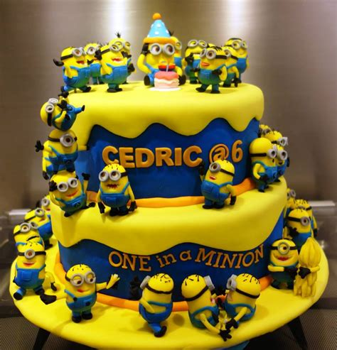 List of stunning minions cake design image ideas that can inspire you to have custom cake designs for upcoming birthdays. Top 10 Crazy Minions Cake Ideas | Birthday Express