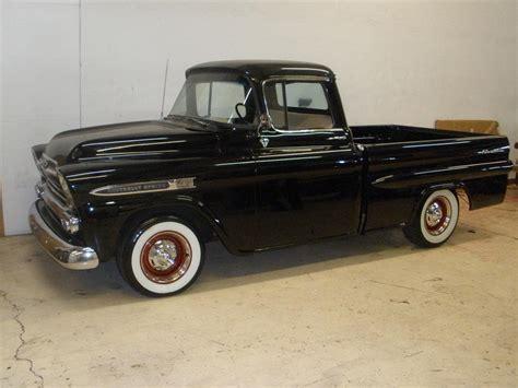 1958 Chevrolet Apache Shortbox Pickup 81361