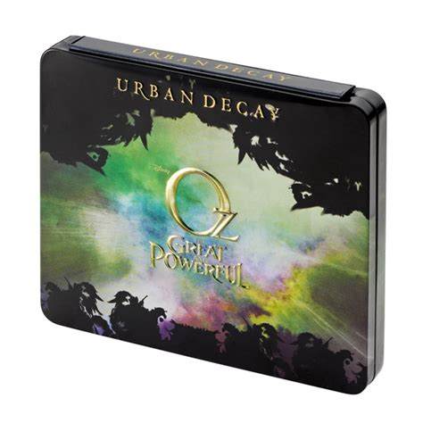 urban decay oz  great  powerful palettes musings   muse