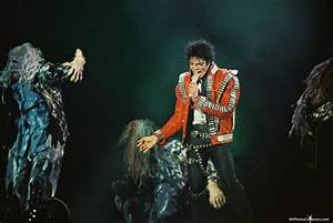 WEMBLEY 1988 16th July ( Thriller Performance ? )