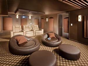 Trends in home theater seating hgtv for Best furniture for home theater