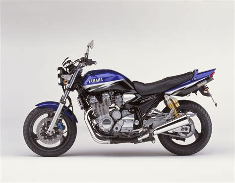 Motor Yamaha by Yamaha Sport Touring Yamaha Design Cafe Bt 1100